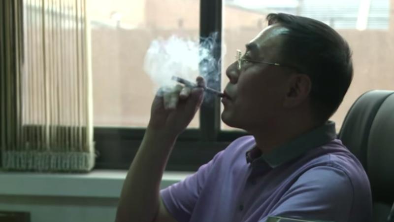 """Hon Lik, l'inventore della sigaretta elettronica: """"Ho cambiato lo stile di vita di milioni di persone"""""""