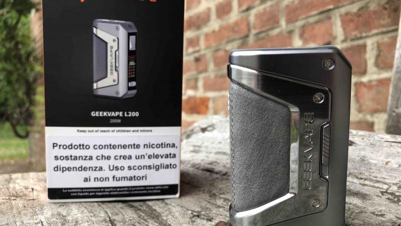Legend is back, Yourambla e Vapeitalia presentano la nuova Geekvape Aegis L200